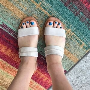 Dolce Vita sandals 6.5
